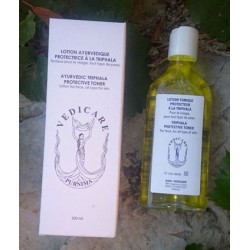 Lotion tonique à la Triphala